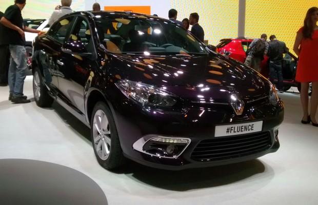 Renault Fluence no Salão do Automóvel 2014 (Foto: Julio Cabral/Autoesporte)