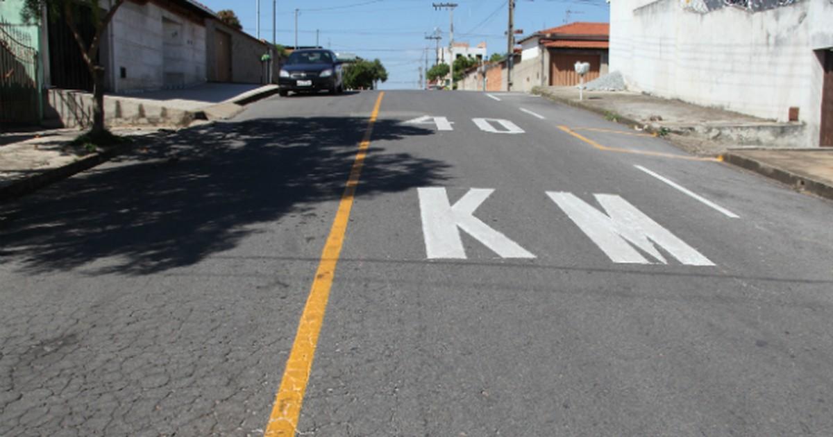 Ruas de Itaúna recebem reformas na sinalização - Globo.com