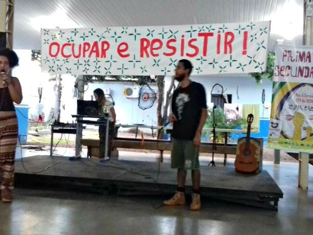 Escola estadual em Cuiabá está ocupada desde o dia 15 de junho (Foto: Juarez França/Arquivo Pessoal)