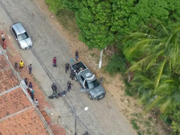 Fugitivo é capturado depois de assalto na Cidade Satélite, em Natal (Foto: Divulgação/Sesed)