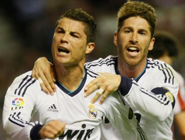Cristiano Ronaldo e Sergio Ramos comemoram, Real Madrid x Atlético de Bilbao (Foto: Reuters)