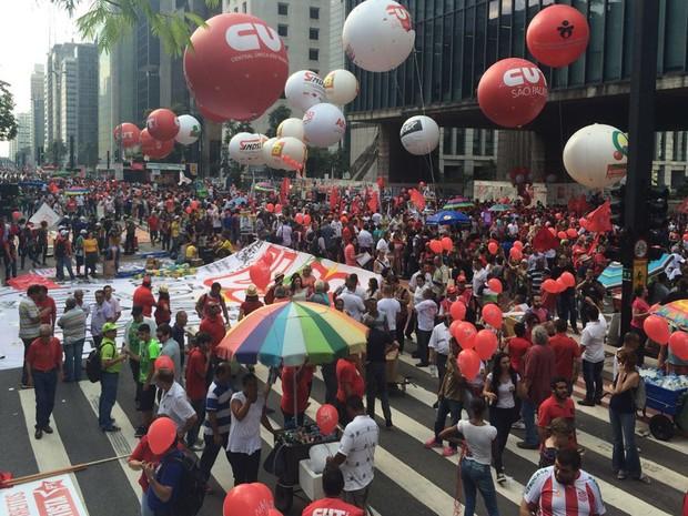 Ato a favor do Governo Federal acontece nesta sexta, na Av. Paulista (Foto: Paula Paiva Paulo/G1)