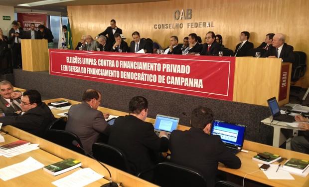 Lançamento do manifesto reuniu OAB e entidades que defendem o fim das doações privadas nas eleições (Foto: Murilo Salviano/G1)