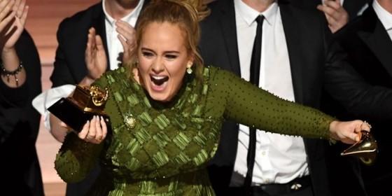 Adele está na mira de Jay-Z para integrar o casting da sua empresa de gerenciamento de carreiras, a RocNation  (Foto: Reprodução)