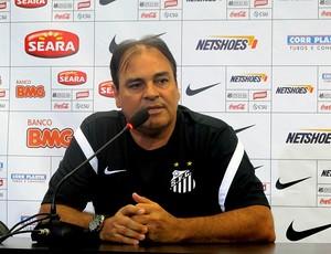 Nei Pandolfo santos coletiva (Foto: Marcelo Hazan / Globoesporte.com)