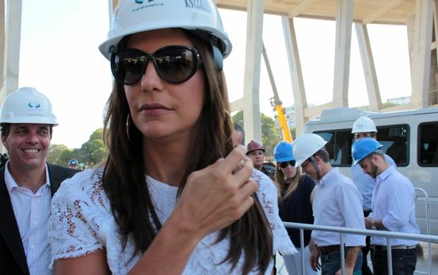 Ivete Sangalo chega à Fonte Nova (Foto: Ida Sandes/G1)