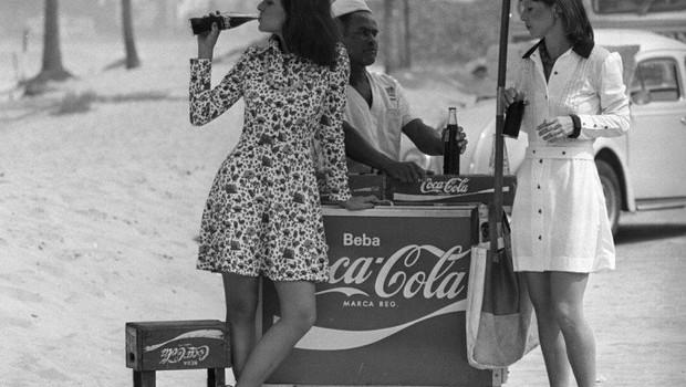Livro celebra os 75 anos da Coca-Cola no Brasil (Foto: Agência Globo)