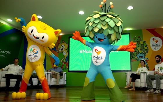 Vinicius e Tom, as mascotes dos Jogos Olímpicos e Paralímpicos do Rio de Janeiro (Foto: Getty Images)