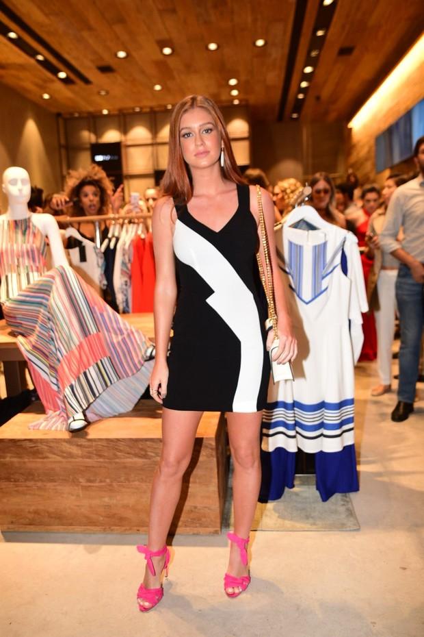 Marina Ruy Barbosa participa de inauguração de loja  (Foto: Leo Franco / AgNews)