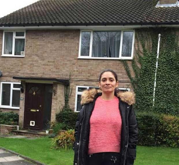 Italiana se vingou de traição e vendeu casa após marido viajar aos EUA (Foto: Reprodução/Twitter/Sabi Phagura)