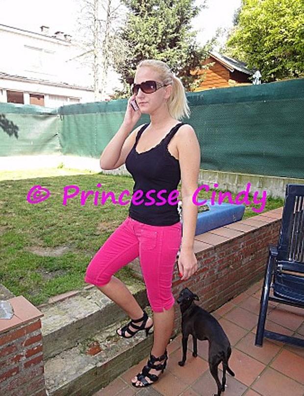 Cindy diz que cansou de esperar pelo príncipe encantado (Foto: Reprodução)
