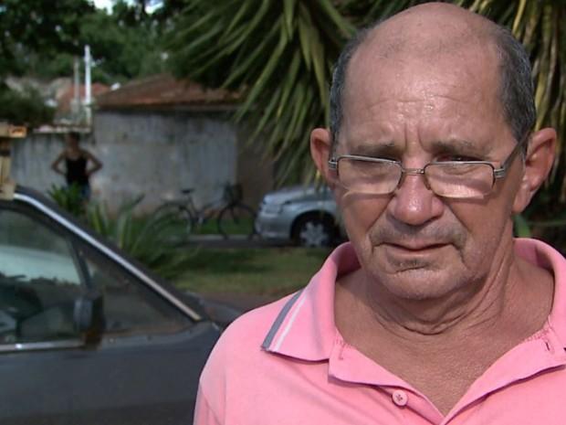 Avô de Bruna não se conforma com a morte da neta em acidente em Pitangueiras, SP (Foto: Chico Escolano/EPTV)
