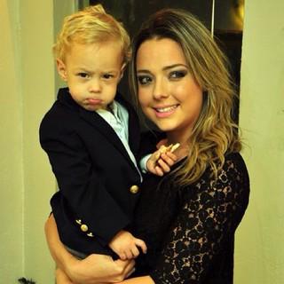 Carolina Dantas posta com o filho, Davi Lucca (Foto: Instagram / Reprodução)