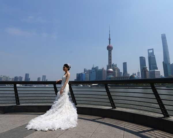 Noivas contratam madrinhas em casamentos na China (Foto: Getty Images)