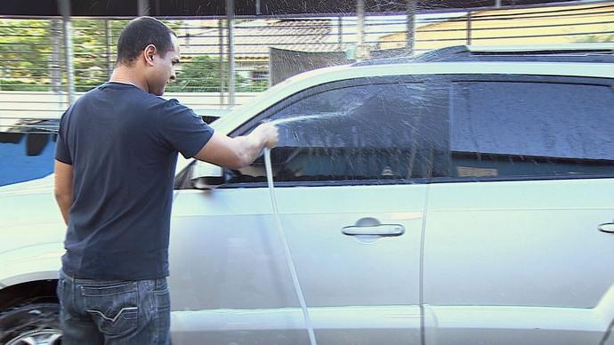 Confira dicas valiosas para deixar o carro sempre limpo  (Foto: TV Sergipe)
