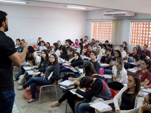 Alunos do Colégio Olimpo participam de aulão em Goiânia (Foto: Divulgação/Olimpo)