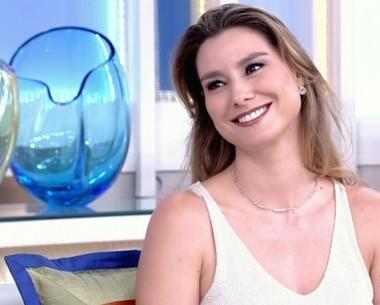 Lavínia Vlasak confessa que não gosta de se ver em O Rei do Gado (Reprodução/ TV Globo)