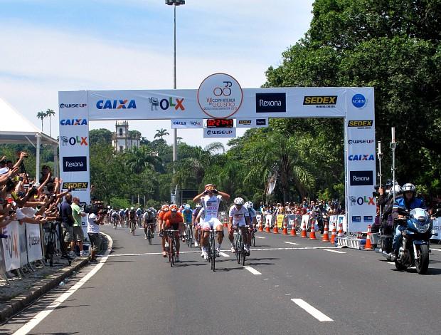 Francisco Camorro campeão da Copa América de Ciclismo no Aterro o Flamengo no Rio (Foto: Ana Carolina Fontes)