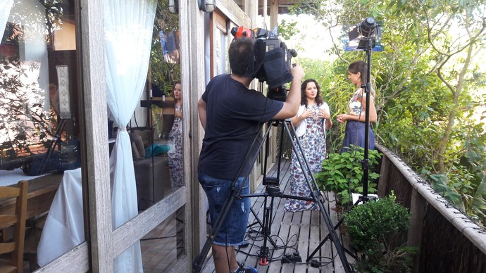Mistura mostrou os bastidores do ensaio de escritora (Foto: Mistura/RBS TV)