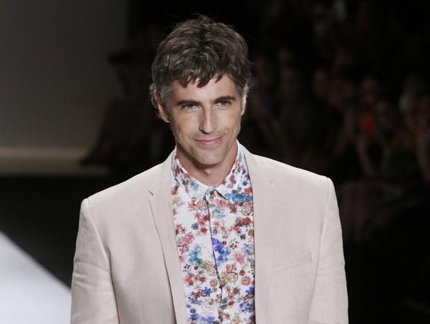 Reynaldo Gianecchini desfila no Fashion Rio (Foto: Isac Luz / EGO)