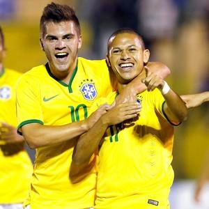 Marcos Guiherme comemora gol do Brasil contra a Colombia (Foto: Agência Reutes)