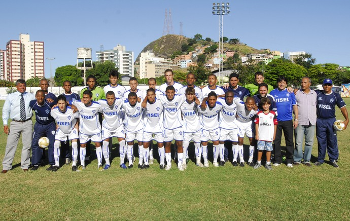 Vitória-ES 100 Anos: time campeão da Série B do Campeonato Capixaba 2009 (Foto: Gabriel Lordêllo/Cedoc/A Gazeta)