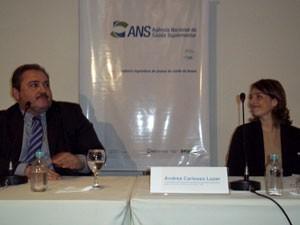 André Longo e Andrea Lozer comentaram os dados da ANS (Foto: Lilian Quaino/G1)