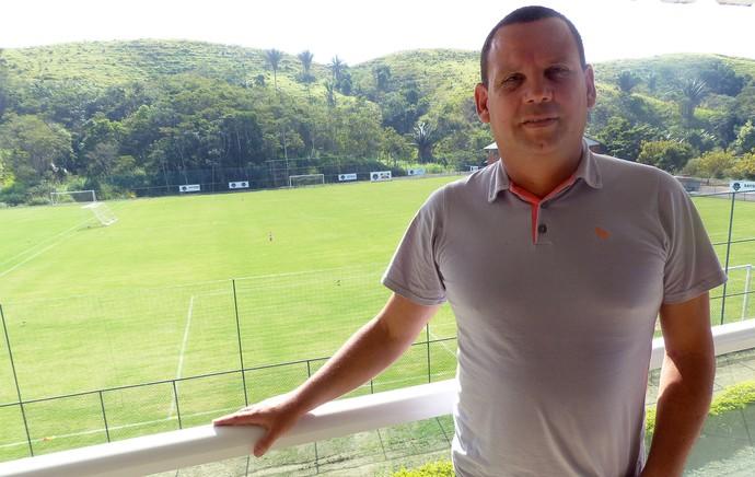 Evandro Silva no CT de Pinheiral  (Foto: André Casado)