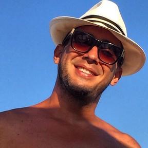 André Marques na Espanha (Foto: Instagram/ Reprodução)