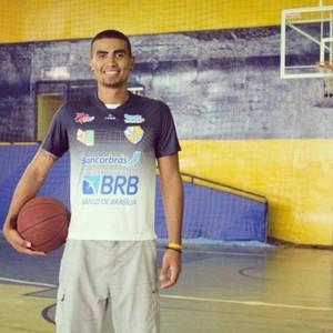 Jeferson Guedes quando jogava em Brasília (Foto: Aderson Felipe)