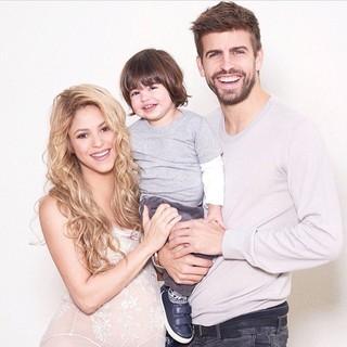 Shakira e Piqué com o filho Milan (Foto: Reprodução/Instagram)