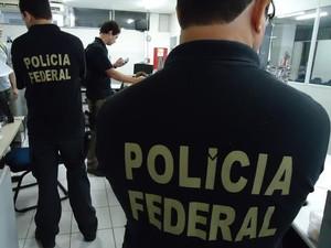 Polícia Federal cumpriu mandados de busca e apreensão em Maceió e Santana do Ipanema (Foto: Divulgação/Polícia Federal)
