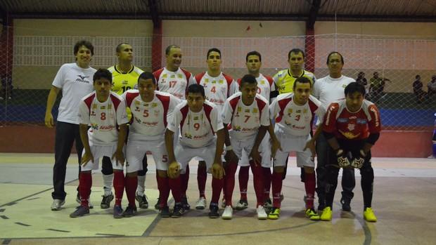 Time do Sergipe em formação antes do jogo contra Itaporanga (Foto: João Áquila / GLOBOESPORTE.COM)