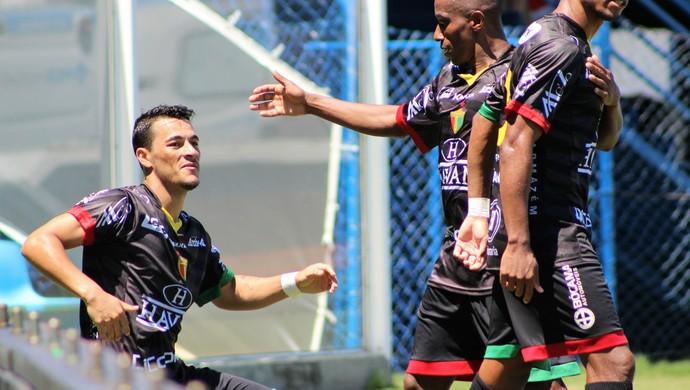 Jonatas Belusso Brusque (Foto: Diego Carvalho/Aguante)