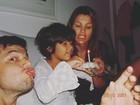 Giulia Costa comemora aniversário e posta foto antiga com a família