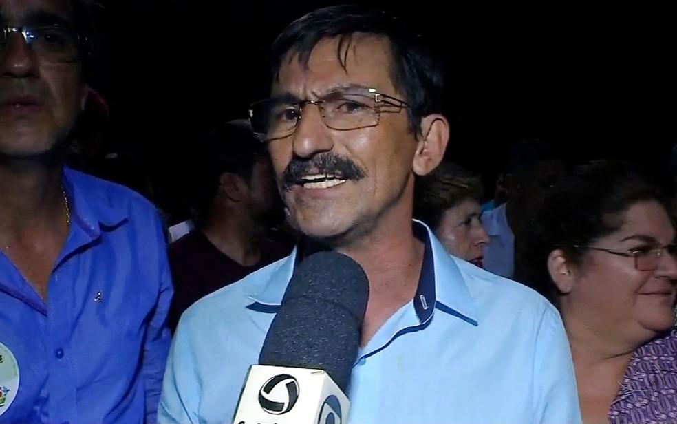 Prefeito Fábio Junqueira (PMDB), que autorizou pagamento de férias retroativas para si mesmo em Tangará da Serra (Foto: Reprodução/TVCA)