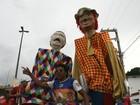 Bonecos gigantes fabricados em AL animam festas de carnaval pelo Brasil