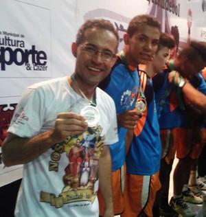 Caic tricampeão brasileiro de handebol escolar (Foto: Divulgação)