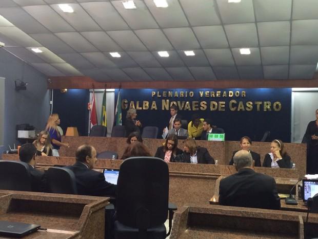 Vereadores participam de sessão extraordinária na Câmara Municipal de Maceió (Foto: Carolina Sanches/G1)