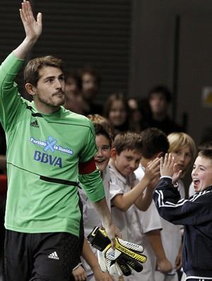 Casillas evento jogo (Foto: EFE)