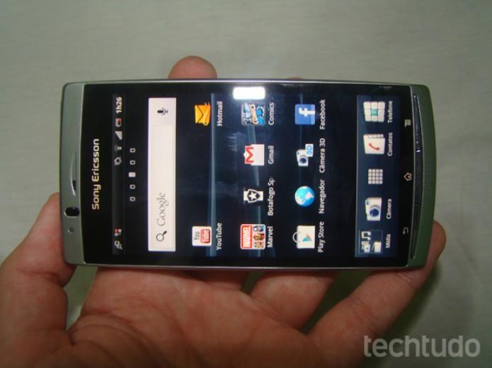 Sony Ericsson Xperia Arc S (Foto: TechTudo/Marlon Câmara)