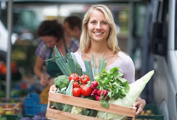 A dieta não deve ser chata e entediante, já que o ideal não é evitar alimentos, mas reduzí-los (Foto: ThinkStock)