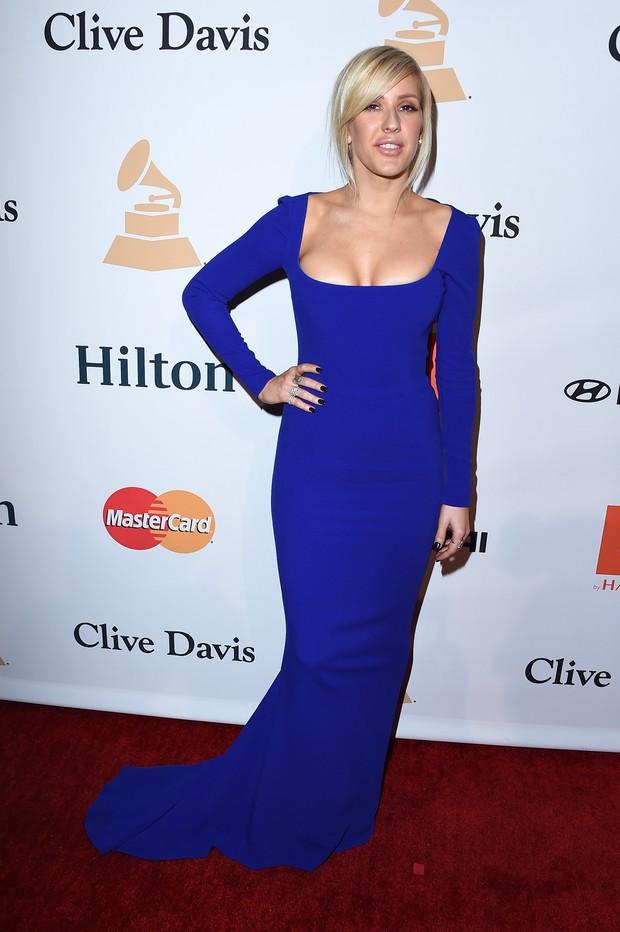 A cantora britânica Ellie Goulding participou de uma festa pré-Grammy 2016 e apareceu com visual diferente (Foto: Getty Image)
