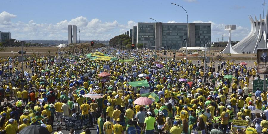 Manifestações de 16 de agosto em Brasília (Foto: Valter Campanato / Agência Brasil)