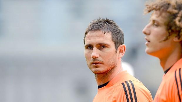 Lampard e David Luiz no treino do Chelsea (Foto: Reuters)
