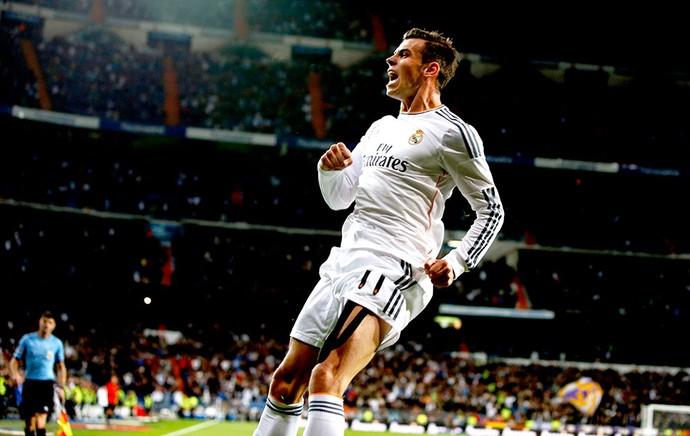 Gareth Bale comemora gol do Real Madrid contra o Sevilla (Foto: Reuters)
