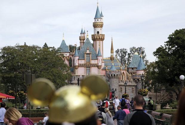 O Castelo da Bela Adormecida na Disneylândia da Califórnia (Foto: Jae C. Hong/AP)