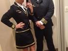 Xand, do Aviões do Forró, se veste de piloto para ir a festa à fantasia