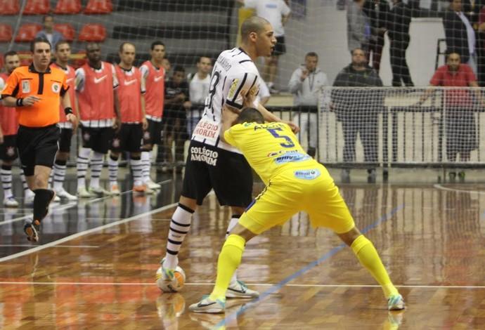Elisandro Corinthians São José Liga Nacional de Futsal (Foto: Divulgação/Corinthians)