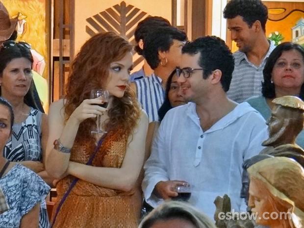 Vanessa se identifica com Felipe (Foto: Em Família/ TV Globo)